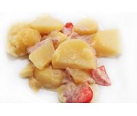 Картофель тушеный в сливках с уточкой и маринованным огурцом 230гр