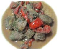 Печень говяжья, тушенная с овощами 165 г.
